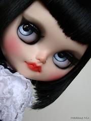 Custom Blythe Híbrida (faceplate Simply Lilac + scalp Lounging Lovely) para Fernanda Rosa