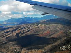 Turtle Cloud? - Honolulu, Hawaii (The Web Ninja) Tags: travel usa mountains color airplane landscape island photography volcano hawaii scenery fuji unitedstates aerial adventure explore tropical honolulu windowseat explored
