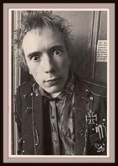 Sex Pistols 0005 (PostCardScan) Tags: punk postcard punkrock pil sidvicious anarchyintheuk stevejones holidaysinthesun johnnyrotten nancyspungen thesexpistols paulcook publicimageltd postcardscan johnlyndon