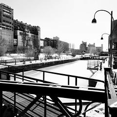 """Silo n"""" 5, vestige de l'ère industrielle... (woltarise) Tags: lachine canal n5 silo céréales grains départ patrimoine canadien bâtiment montréal streetwise"""