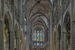 Basilique Cathédrale de St-Denis - HDR (gilles_t75) Tags: d7200 france gillest hdr nikkor1024mmf3545 nikon bracketing exposurefusion highdynamicrange photohdr photomatix tonemapping basilique cathédrale saintdenis seinesaintdenis93 îledefrance église sépulturedesroisdefrance gothique vitrail vitraux