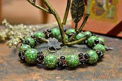 DSC_1018 (Liziart Alena) Tags: авторскиеукрашения натуральныекамни бусины хрусталя полимернаяглина фимо зеленый черная смородина бусы браслет комплектукрашений украшениенашею ручнаяработа green instagram jewelery fimo bracelet bijou