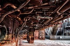 Unterbodenschutz ? (gabrieleskwar) Tags: outdoor landschaftspark duisburg industriegeschichte industrie niederrhein nrwgermany metall lost place