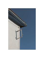 31805281 (ufuk tozelik) Tags: ufuktozelik urban energy electric ceramic corner building roof city bricks sky shadow diagonal white blue
