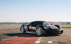 Martini. (Alex Penfold) Tags: porsche 918 spyder scd supercar driver meet alex penfold 2017 martini brutingthorpe black