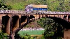 NEPAL, Auf dem Weg nach Pokhara, 16018/8278 (roba66) Tags: bus car camion lkw lastwagen auto brücke bridge fluss river rio reisen travel explore voyages roba66 visit urlaub nepal asien asia südasien pokhara