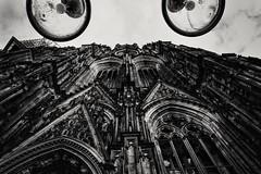 Cologne Cathedral (Stefano Avolio) Tags: colonia cologne köln cathedral cattedrale blackwhite blackandwhite bw bianconero monocromo stefanoavolio prospettiva perspective