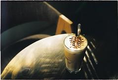 Cappuccino (Ngoc Black) Tags: prakticasupertl1000 kodakfilm kodakcolor kodakcolorplus200 meyer meyertrioplan50mmf29 meyertrioplan m42 film filmphotography filmisnotdie ishootfilm analogphoto analog analogcamera anague capuchino cappuccino
