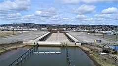 Entrance to the casting basin - April 12, 2017 (WSDOT) Tags: auction casting basin aberdeen graysharbor gate pontoon castingbasin cranes wsdot