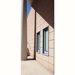 587 (Stadtromantikerin) Tags: urban cityscape city mannheim germany geometric geometry geometrie windows stairs buildings verticality colorfineart shapes