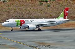 Airbus A320-214 CS-TNQ Air Portugal (EI-DTG) Tags: planespotting aircraftspotting fnc funchalairport madeira funchal 13jul2015 airbus cstnq a320 airbus320 tap airportugal