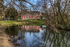 Schloss Oberhausen im Kaisergarten (Tatjana_2010) Tags: schlossoberhausen kaisergarten teich schloss spiegelung reflection