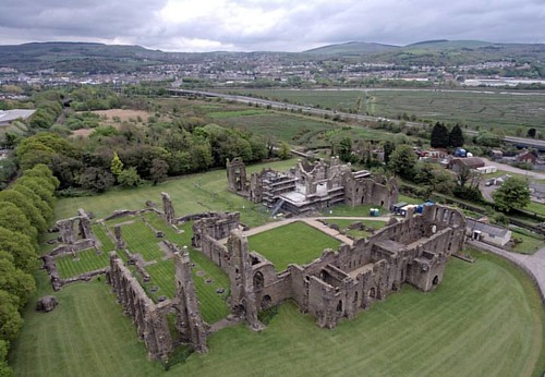 #neath #neathabbey #aerialview #aerial #aerialphotography #igerswales #wales #abbey #holy #monastic #cicstercian #church #ruins #wales