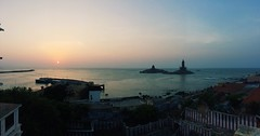 Back from the trip had fun with family 😁#sunrise #morning #naturephotography #nature #kanyakumari #endofthesouth #south #india #thank #god #sucha #wonderful #creation #love #bayofbengal #indianocean #crazy ❤️ (clintonjerom) Tags: morning naturephotography nature kanyakumari endofthesouth south india thank god sucha wonderful creation love bayofbengal indianocean crazy