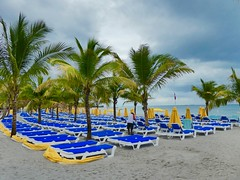Version 2 Harvest Caye Belize April 2017 (bermudafan8) Tags: 2017 spring break bermudafan8 harvestcayebelize cruise