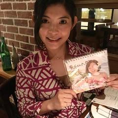 Tango アルゼンチンステーキハウスで、コケシ女史にマイマイカレンダープレゼント! #hongkong #アルゼンチンステーキ #いとうまい子 #コケシ女史