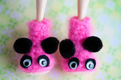 🐼 slippers (sugarelf) Tags: panda slippers doll crochet booties craft hobby felt yarn