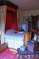 Bedroom, Cragside, Northumberland (Geraldine Curtis) Tags: bedroom northumberland nationaltrust williammorris artsandcrafts cragside