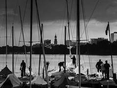 finishing up (mahohn) Tags: street bw sailboat abend hamburg alster segelboot 43 fujix10