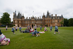 A relaxing picnic at Waddesden Manor (ronca123) Tags: picnic manor waddesdonmanor waddesden a900