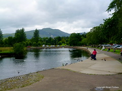 Callander (B4bees .(2m views)) Tags: trees people mountain cars river scotland holidays riverside visit walkway touring callander teith