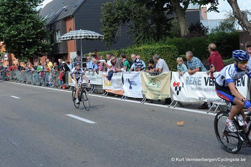 Minderhout (436)