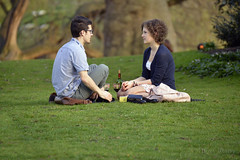 _DSC2076 (Peter Kostov) Tags: park england people woman man london couple romantic hidepark nikond800e