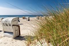 Urlaub (dubdream) Tags: ocean sea sky cloud seascape beach water germany nikon dunes balticsea schleswigholstein d800 beachgrass sdstrand beachchair colorimage beachentrance grosenbrode dubdream