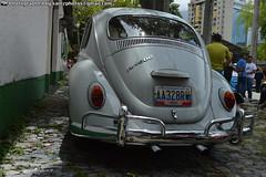 Volkswagen 1500cc (The Art of Sainz) Tags: blue red vw volkswagen venezuela beetle caracas 1998 motor 1970 1980 escarabajo 1990 rin ghia empi 1960 westfalia karmann vocho 1600cc 1500cc 1300cc