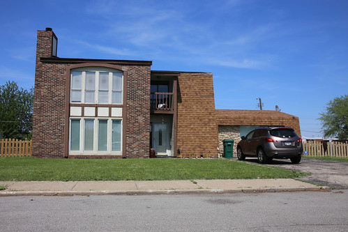 East St. Louis Home