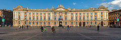 Place du Capitole, Toulouse (Kenneth Cox) Tags: france panoramas toulouse hugin midipyrnes placeducapitole