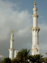 Sheikh Zayed Grand Mosque (   ), Abu Dhabi ( ) (twiga_swala) Tags: architecture eau contemporary united uae grand mosque east emirates zayed abudhabi arab mezquita gran middle abu dhabi sheikh unis  moschea mosque emirati   unidos moschee jeque rabes emiratos emiraten  aboe   mirates