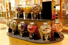 DILO - June 21 2014 (21) (tommaync) Tags: glass oneaday june gum nc nikon candy treats balls northcarolina photoaday dispensers chapelhill gumballs dilo pictureaday dayinlifeof 2014 universitymall d40 project365 project365171 june212014 project365062114 dilosep14