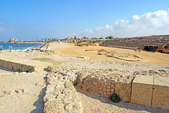 Israel-04834 - Hippodrome (archer10 (Dennis) 94M Views) Tags: israel globus sony a6300 ilce6300 18200mm 1650mm mirrorless free freepicture archer10 dennis jarvis dennisgjarvis dennisjarvis iamcanadian novascotia canada mediterranean sea middleeast caesarea nationalpark roman ruins theatre hippodrome statues palace