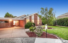 6 Moore Close, Mill Park VIC