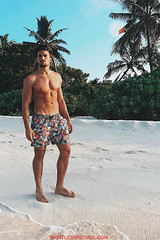 Italian Hunk Mariano Di Vaio shirtless super hot pictures on Instagram-Torso Nudo (SHIRTLESS PEOPLE) Tags: shirtless people hunks hot guys men homme maenner homens hombre
