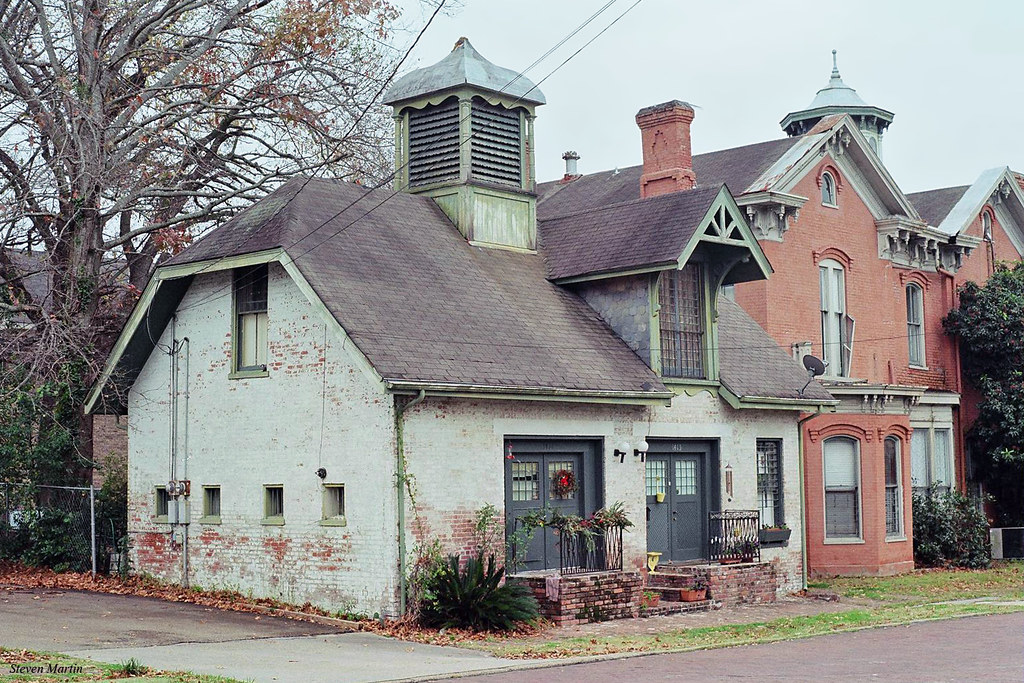 Nice Victorian Cupola #6: Former Carriage House, Vicksburg (StevenM_61) Tags: Cityscape House  Residence Carriagehouse Victorian Cupola