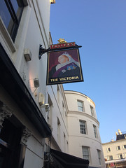 The Victoria pub near Paddington IMG_0283 (Junagarh) Tags: junagarhmedia junagarh paulandrews carolineschmutz pub victoria london londres londonengland londonpub fullers paddington