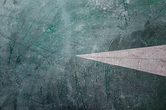 Ground in abstraction - Sol en abstraction (Chris, photographe de Nice (French Riviera)) Tags: abstraction abstrait abstract minimalisme minimalism artmoderne artcontemporain artgalleryandmuseums modernart contemporaryart contemporaryphotography