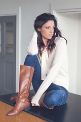Mac (Pdooma) Tags: mac mackenzie fashion casual boots jeans sweater natural brunette portrait