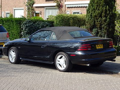 Ford Mustang GT convertible 1996 nr3542 (Ardy van Driel) Tags: pnpn10 softtop