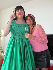 Hug (Paula Satijn) Tags: girl dress gown green skirt satin silk silky shiny ballgown gurl tgirl happy smile joy friends champagne