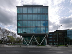 (turgidson) Tags: kestrel house kestrelhouse clanwilliam place clanwilliamplace grand canal street lower grandcanalstreetlower dublin ireland hardwicke ardstone capital ardstonecapital rkd architects rkdarchitects velasco office space building construction panasonic lumix dmc g7 panasoniclumixdmcg7 panasonicg7 micro four thirds microfourthirds m43 g lumixg mirrorless 714mm f40 asph panasonic714mmf40asph f4 ultra wide angle wideangle ultrawideangle zoom hf007014 hf007014e vario silkypix developer studio pro 7 silkypixdeveloperstudiopro7 raw p1120729