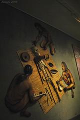 Representación de proceso de momificación / Representation of mummification process (Javiera C) Tags: museo museum chile sanmigueldeazapa azapa momias mummies chinchorro old antiguo cultura culture exhibición exhibition arqueología archeology patrimonio heritage indoor hall salón