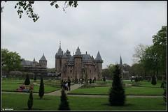 Elf Fantasy Fair 2014 (mefeather) Tags: trees castle landscape fun bomen utrecht nederland thenetherlands fantasy rpg sleepingbeauty eff larp fairytales haarzuilens landschap kasteel 2014 kasteeldehaar elffantasyfair doornroosje sprookjes