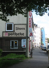 Löwen Apotheke (BaBo Raino Archive) Tags: facade hessen pharmacy schrift foundtype nordstadt nord apotheke kassel nordhessen fassadenbeschriftung löwen löwenapotheke holländischestrase