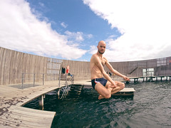 Jumps p sneglen (magnifik) Tags: hero kbenhavn amb amager badning gopro sneglen flyingbuddah