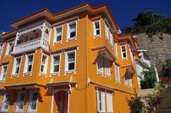Orange (Hanoi North End) Tags: orange turkey pentax trkiye kitlens istanbul 200 villa saryer osmanl sariyer k30 155000 weloveistanbul 1855mmwr