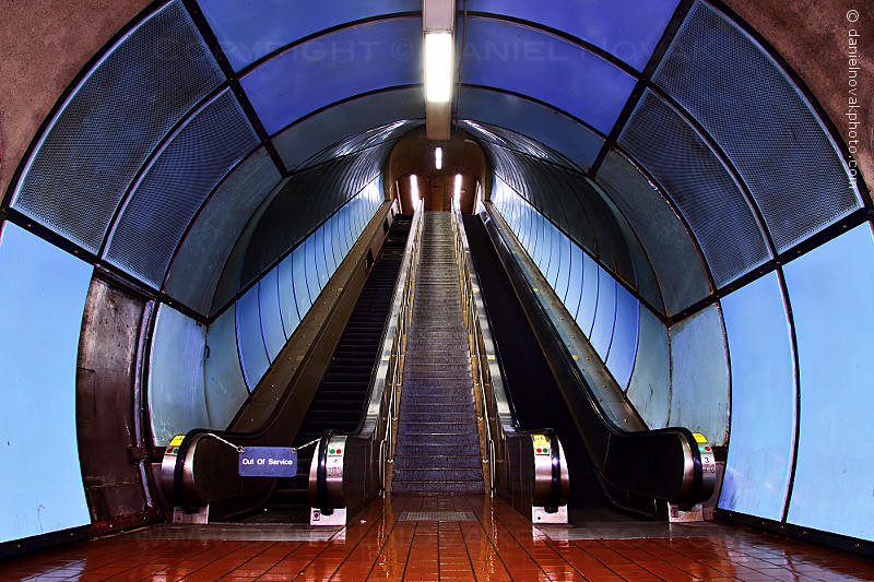 Delavan - Caniscius Escalators, Buffalo NFTA Metro Rail - Subway (DTA_9387)