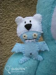 Lil' Ice-Bat (tiramisu_addict) Tags: bear toys handmade plush madebyme uglydolls icebat davidhorvath sunminkim susuten uglycon icebatciwwong